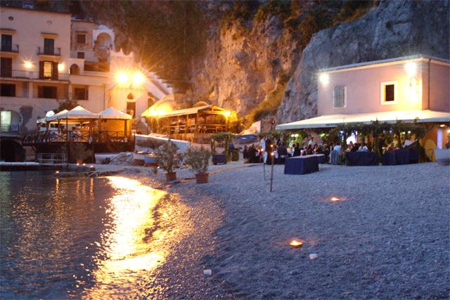 Restaurant on the amalfi coast la tonnarella conca dei for Amalfi coast cuisine